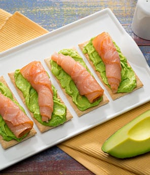 Crackers with Avocado and Salmon