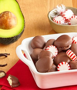 Chocolate Dipped Avo Mints