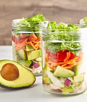 Fiesta Mason Jar Avo Chicken Salad To-Go
