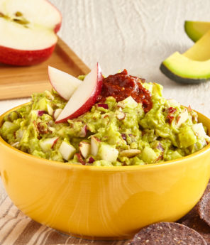 Chipotle Apple & Almond Guacamole